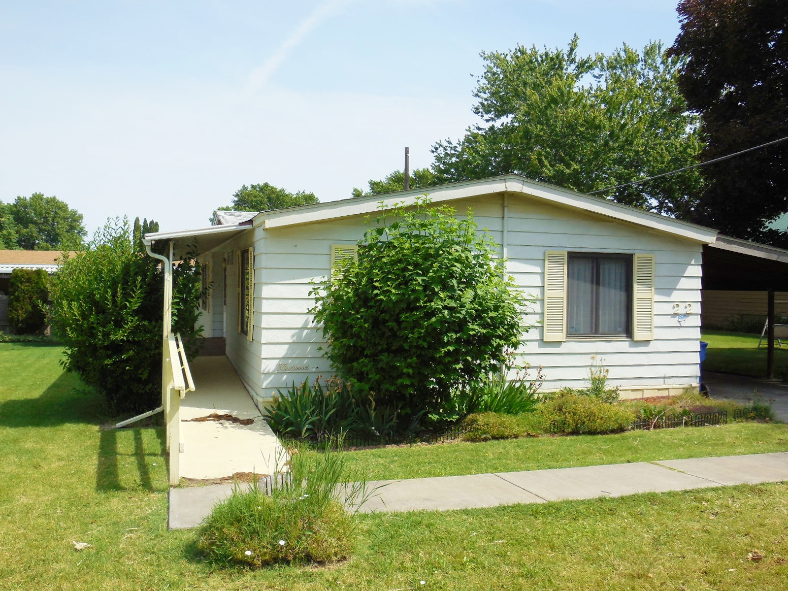 3 Bedroom 2 Bathroom In A 55 Mobile Home Park 22500